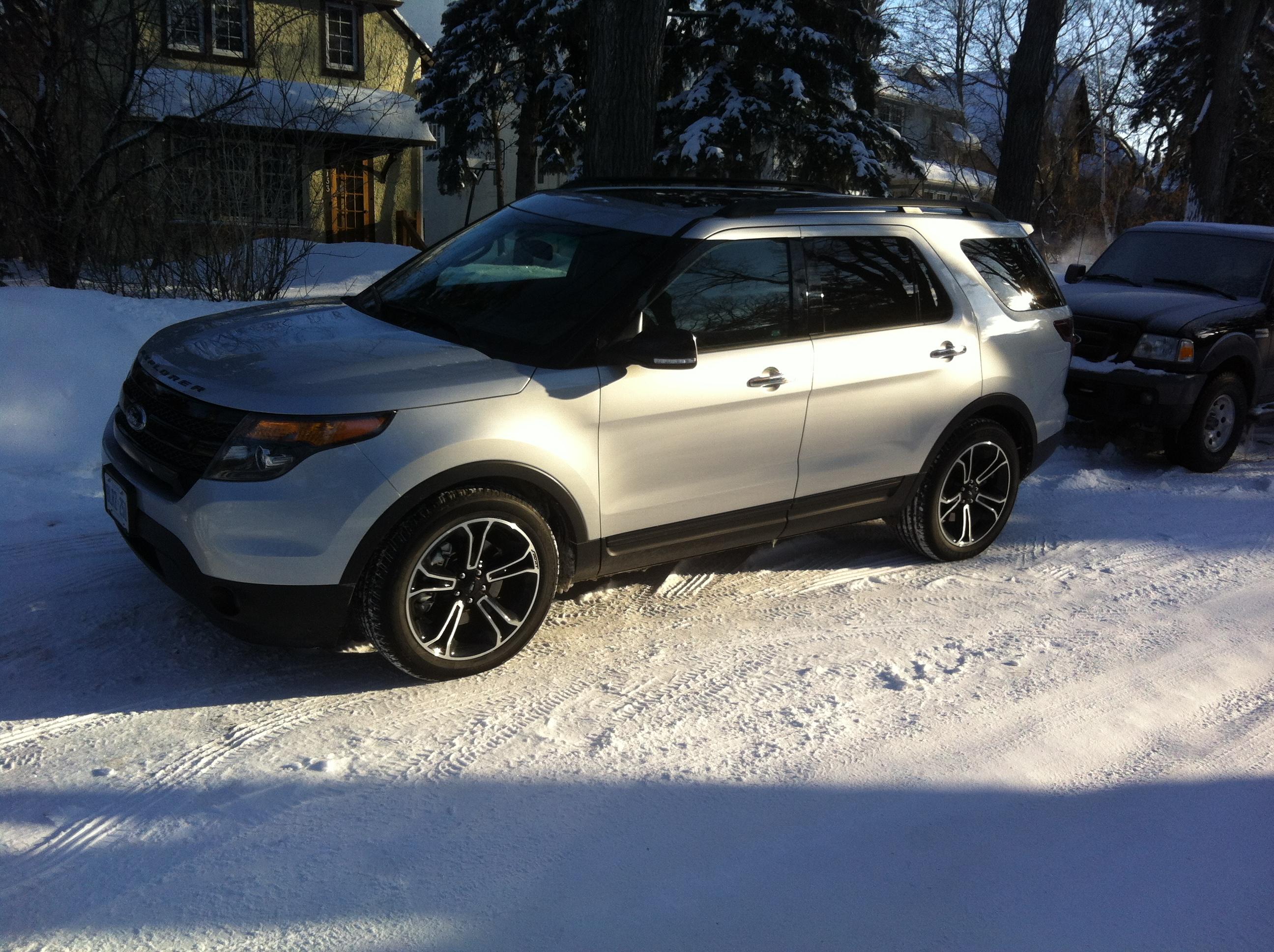 Ford Explorer Sport 2014 White